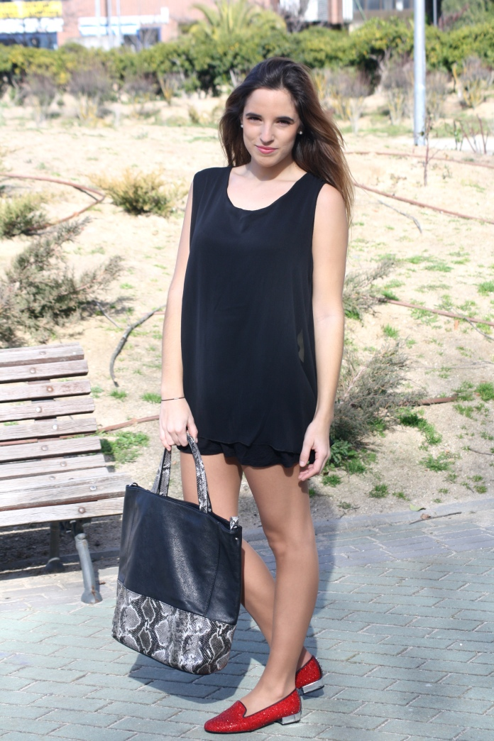 pilar pascual la reina del low cost blog slippers brilli pururina rojas hispanitas shoes ropa barata look primavera madrid tendencias 2013 blog de moda barato total look outifit 2