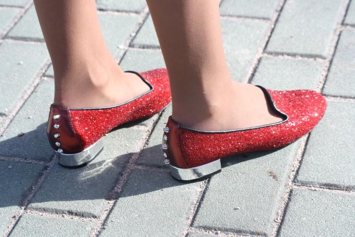 pilar pascual la reina del low cost blog slippers brilli pururina rojas hispanitas shoes ropa barata look primavera madrid tendencias 2013 blog de moda barato total look outifit 3