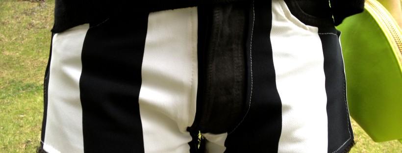 ddae7825d Total look Striped shorts  tendencia blanco y negro + flúor – La ...