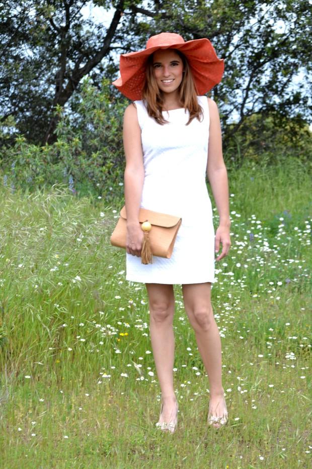 la reina del low cost blog de moda barata fashion blog blogger look comunion 2013 look boda de dia pamela tocado pelo corona de flores DIY pamela coral pamela para la playa 2013 outfit 2