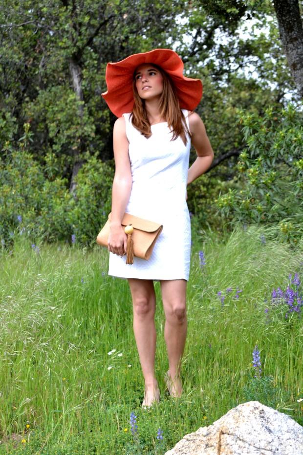 la reina del low cost blog de moda barata fashion blog blogger look comunion 2013 look boda de dia pamela tocado pelo corona de flores DIY pamela coral pamela para la playa 2013 outfit 7