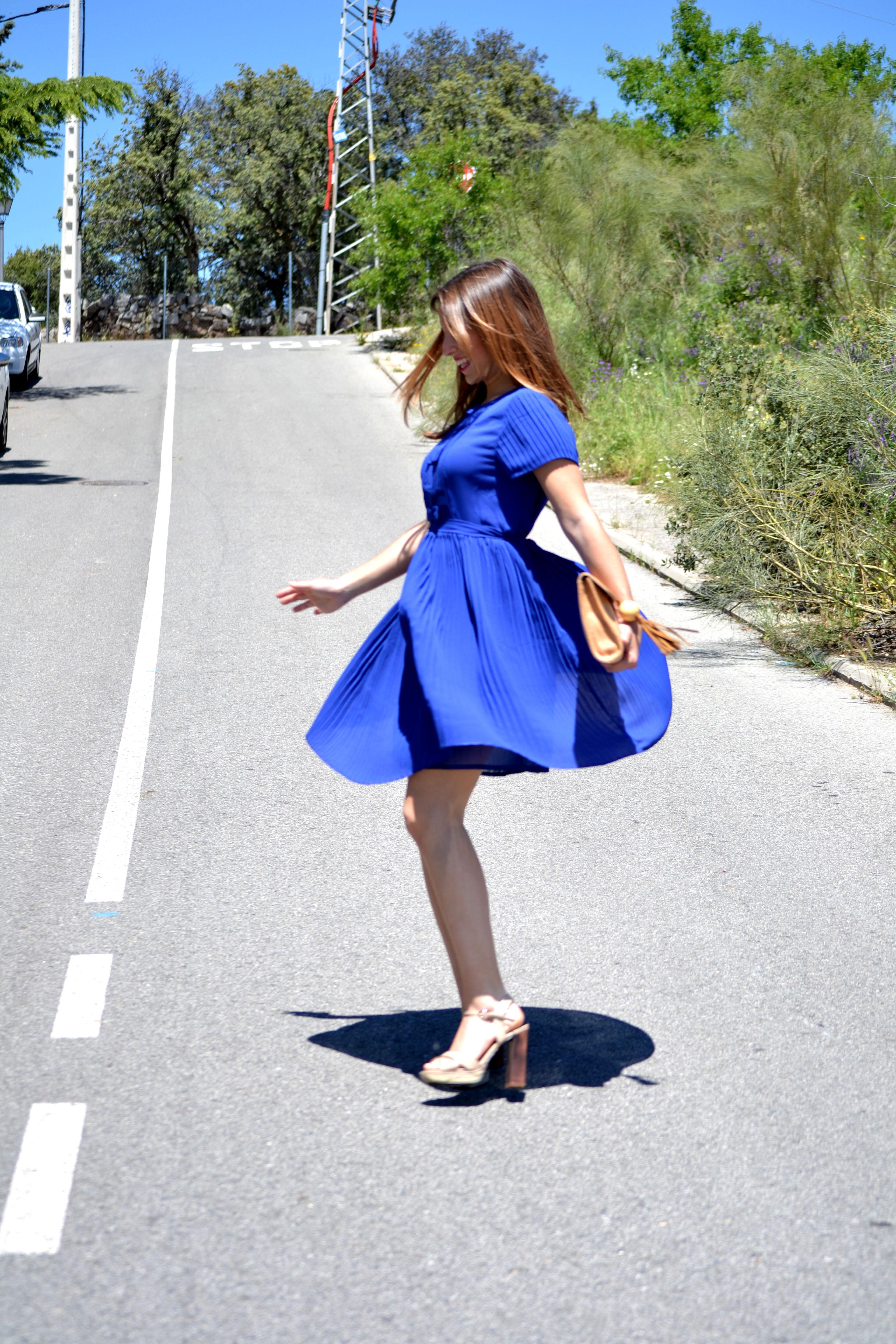 Azul Klein Que Te Quiero Kleinu2026 Un U2018Mar De Colorsu2019 -) U2013 La Reina Del Low Cost