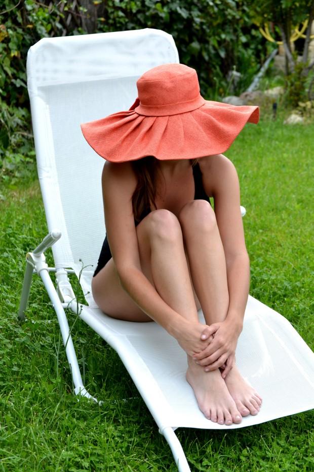 la reina del low cost blog de moda blogger pamela verano bañador primark online look para la playa sombreros para el sol botoncitos.com 4