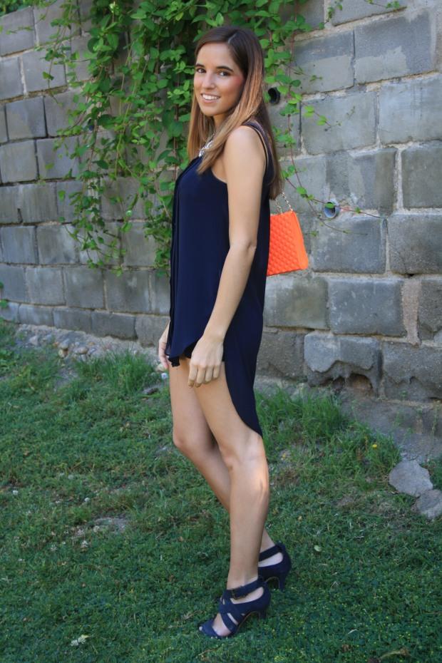 la reina del low cost blog de moda low cost outfit ootd camisola primark bolso garbocomplementos sandalias zara collar accessorize look verano 2015