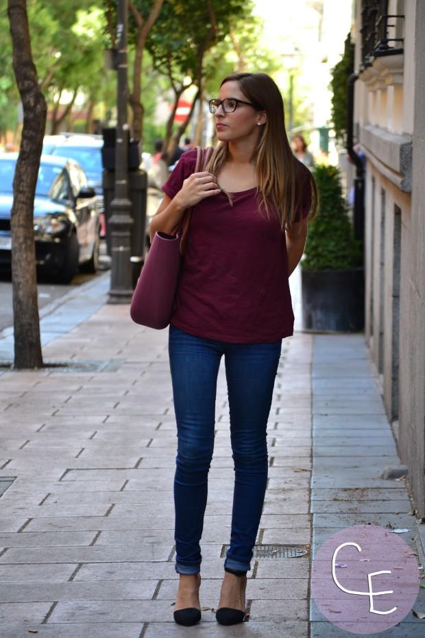 la reina del low cost blog de moda low cost blogger alicante blogger madrid look vuelta a la oficina arreglada pero informal camiseta básica HM zapatos online lefties bolso obag españa  2