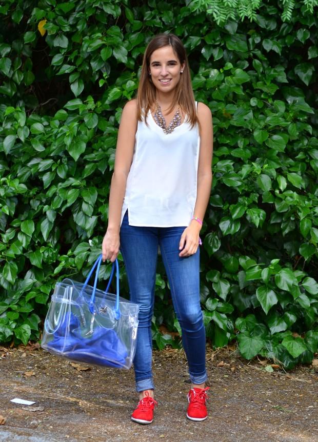 La Reina del Low Cost pilar pascual blogger madrid alicante style ootd hispanitas valor H bolso transparente camiseta H&M online 2