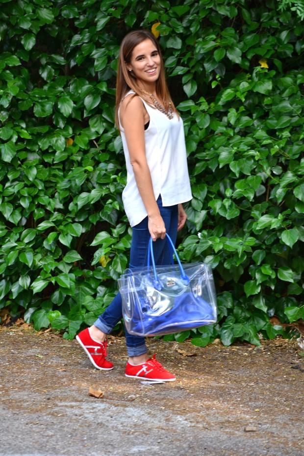 La Reina del Low Cost pilar pascual blogger madrid alicante style ootd hispanitas valor H bolso transparente camiseta H&M online