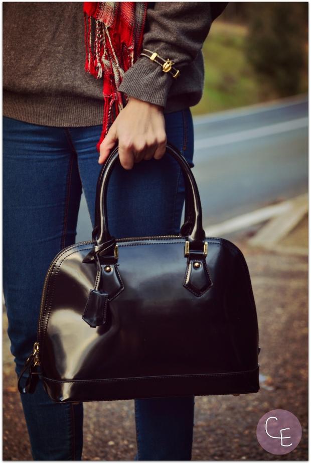la reina del low cost blog de moda barata street style look para lluvia blogger madrid blogger alicante pilar pascual del riquelme  botoncitos.com tienda de ropa online paraguas transparentes (3)