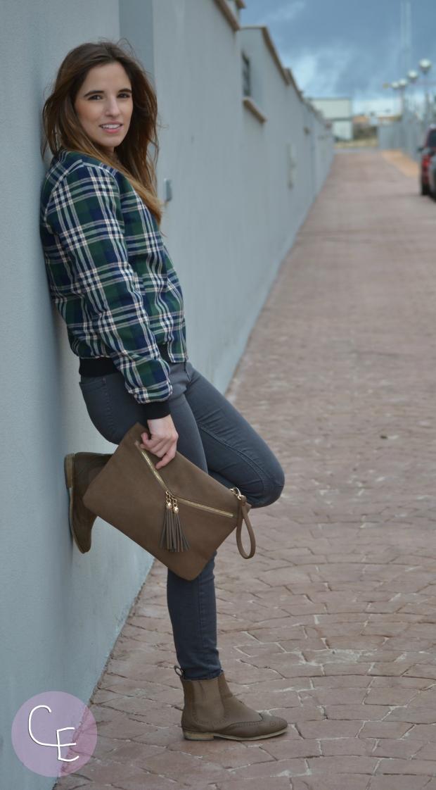 la reina del low cost blog de moda barata style outfit mulaya online bomber tartan estampado escoces pilar pascual del riquelme blogger madrid blogger alicante outfit ootd total look (2)
