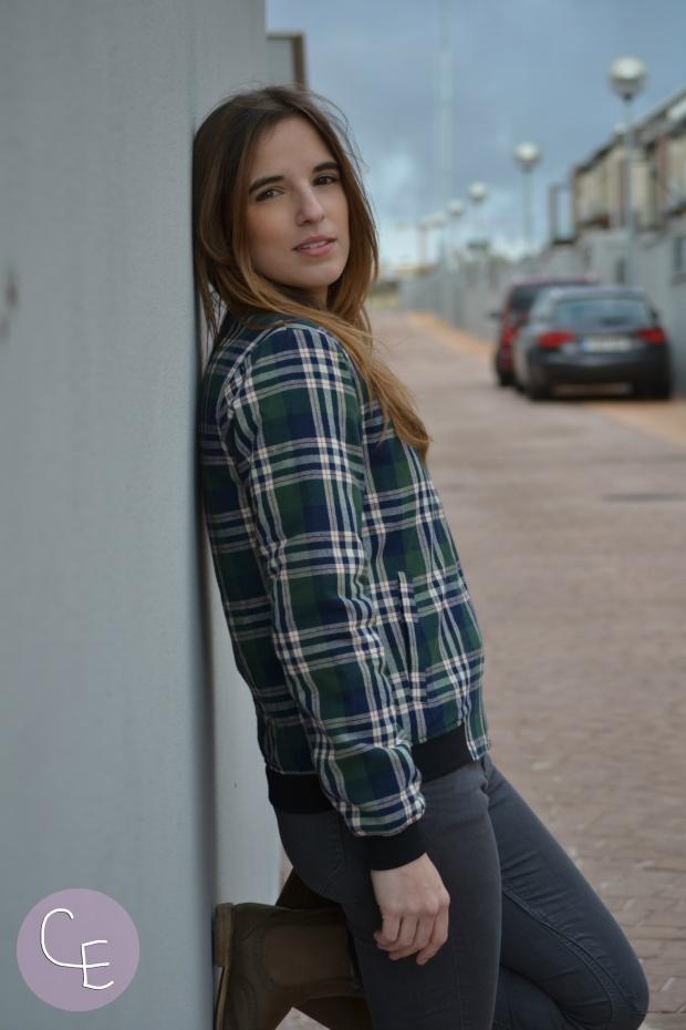 la reina del low cost blog de moda barata style outfit mulaya online bomber tartan estampado escoces pilar pascual del riquelme blogger madrid blogger alicante outfit ootd total look (4)