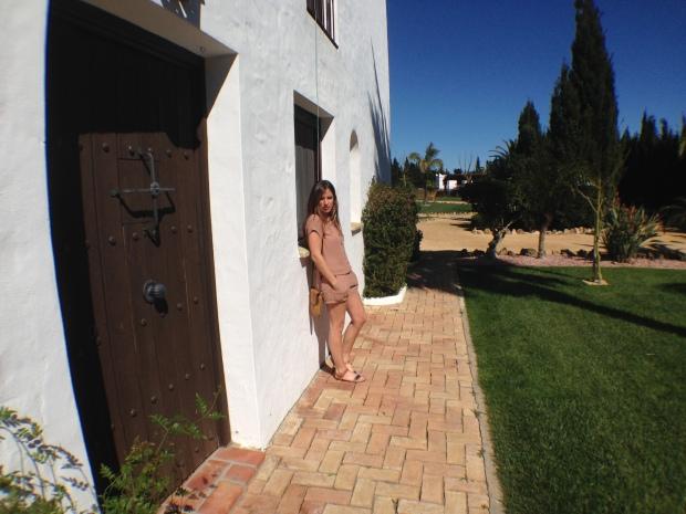 la reina del low cost pilar pascual del riquelme blog de moda barata conil de la frontera apartamentos alquiler baratos villas flamenco hacienda roche viejo villas flamenco beach cadiz  (2)