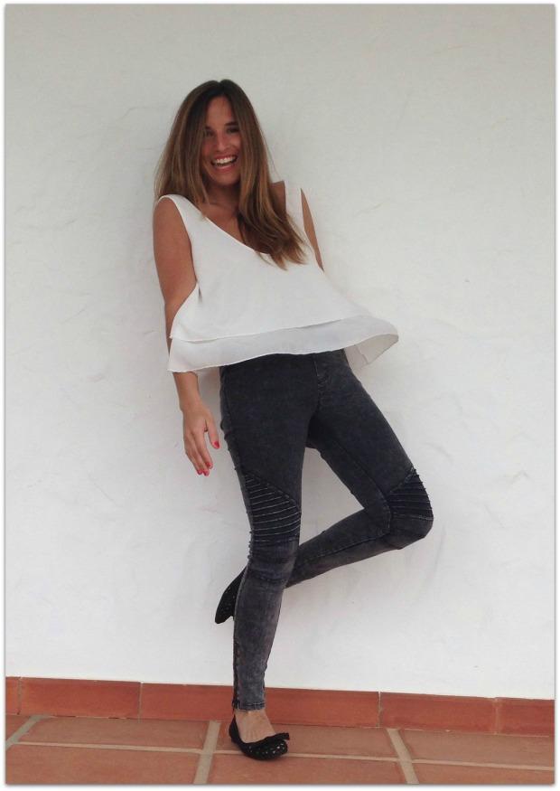 la reina del low cost pilar pascual del riquelme blogger madrid blogger alicante mulaya tienda online ropa barata style outfit crop top con volantes escote en la es (6)