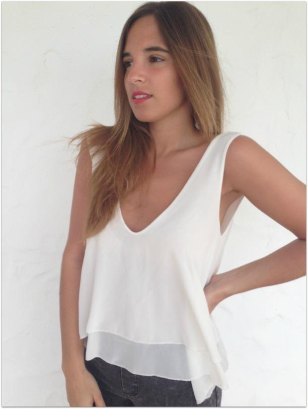 la reina del low cost pilar pascual del riquelme blogger madrid blogger alicante mulaya tienda online ropa barata style outfit crop top con volantes escote en la espalda