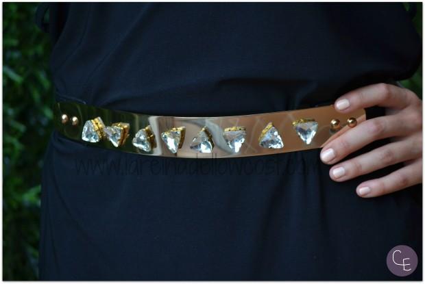 la reina del low cost blog de moda barata pilar pascual del riquelme outfit afterwork cinturon dorado metalico lourdes moreno alicante piedras vestido mulaya sandalias okeysi bolso botoncitos (5)