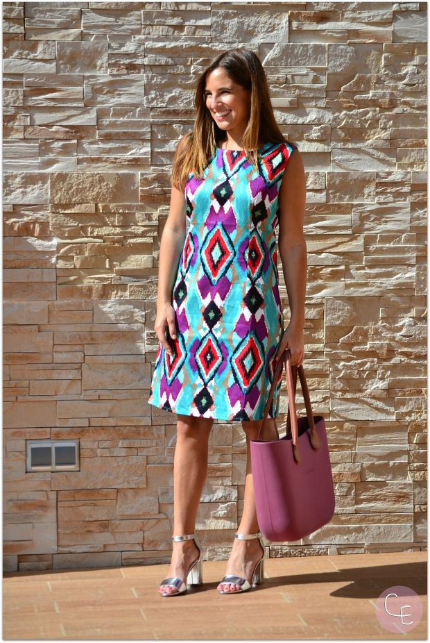 la reina del low cost blog de moda barata style outfit look para ir al a oficina verano 2014 manzanos moda almeria tienda de ropa online vestido estampado etnico vestido colorido comunion bautizo  (3)