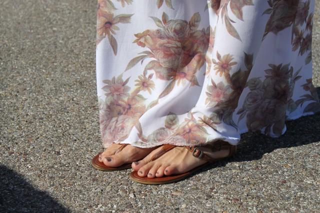 la reina del low cost blog de moda barata style outfit vestido largo flores look para ir a la oficina en agosto el vestidor de la moda look boho chic sandalias de tiras
