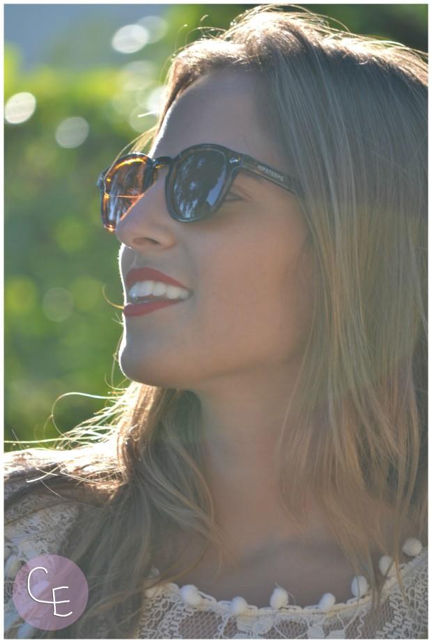 la reina del low cost pilar pascual del riquelme elvestidordelamoda vestido encaje blanco paula echevarria gafas de sol vintage hipsteeps blogger madrid blogger alicante total look oficina verano 2014 (2)