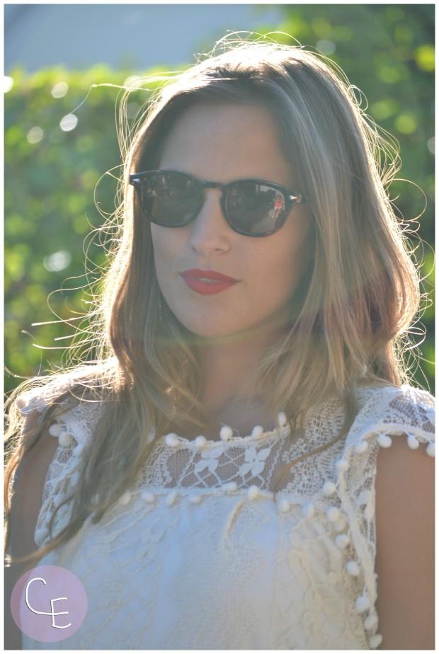 la reina del low cost pilar pascual del riquelme elvestidordelamoda vestido encaje blanco paula echevarria gafas de sol vintage hipsteeps blogger madrid blogger alicante total look oficina verano 2014 (3)