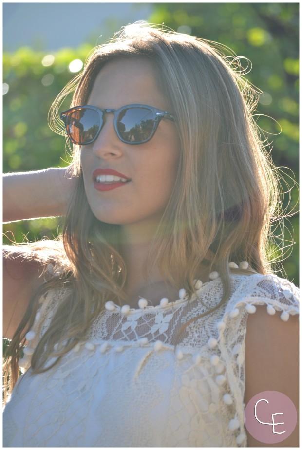la reina del low cost pilar pascual del riquelme elvestidordelamoda vestido encaje blanco paula echevarria gafas de sol vintage hipsteeps blogger madrid blogger alicante total look oficina verano 2014