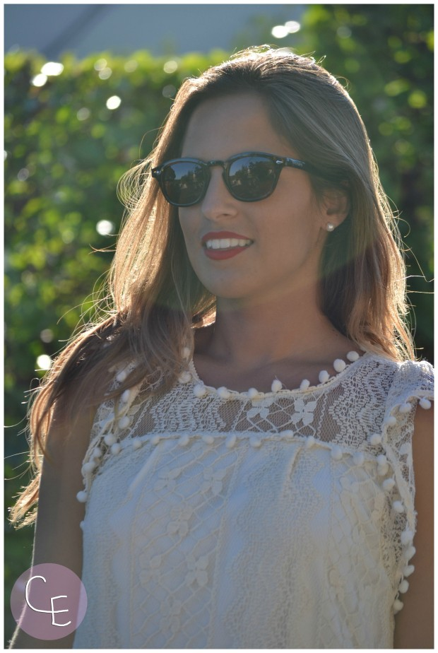 la reina del low cost pilar pascual del riquelme elvestidordelamoda vestido encaje blanco paula echevarria gafas de sol vintage hipsteeps blogger madrid blogger alicante total look oficina verano 2014 (4)