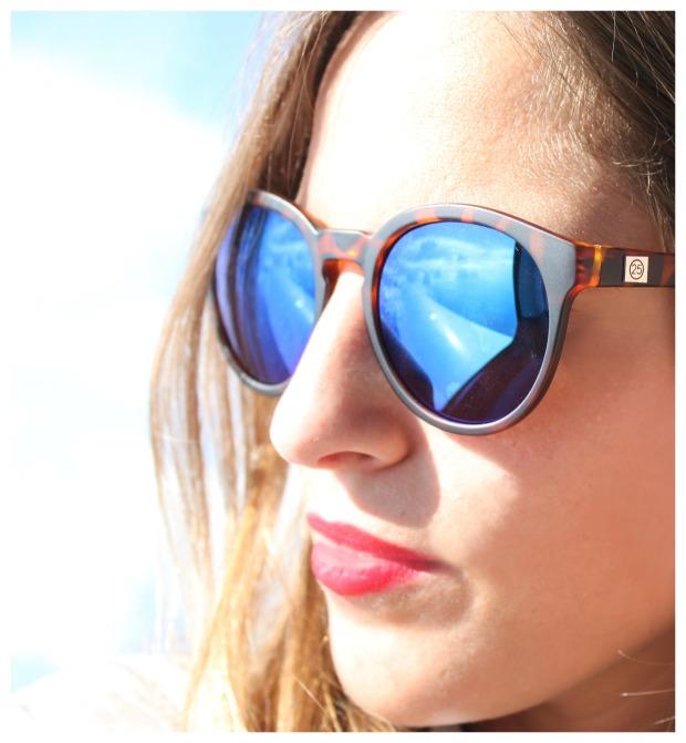 la reina del low cost pilar pascual del riquelme total look para viajar verano 2014 cirrus holanda paris madrid gafas de sol con cristal espejo cerodoscinco  (20)