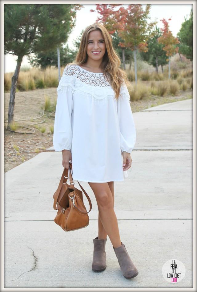 la reina del low cost pilar pascual del riquelme vestido blanco corto chollo moda tienda online ropa barata total look otoño para salir el fin de semana style outfit ootd blogger madrid vestido con botines  (2)