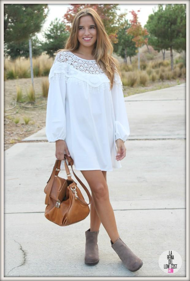 la reina del low cost pilar pascual del riquelme vestido blanco corto chollo moda tienda online ropa barata total look otoño para salir el fin de semana style outfit ootd blogger madrid vestido con botines  (3)