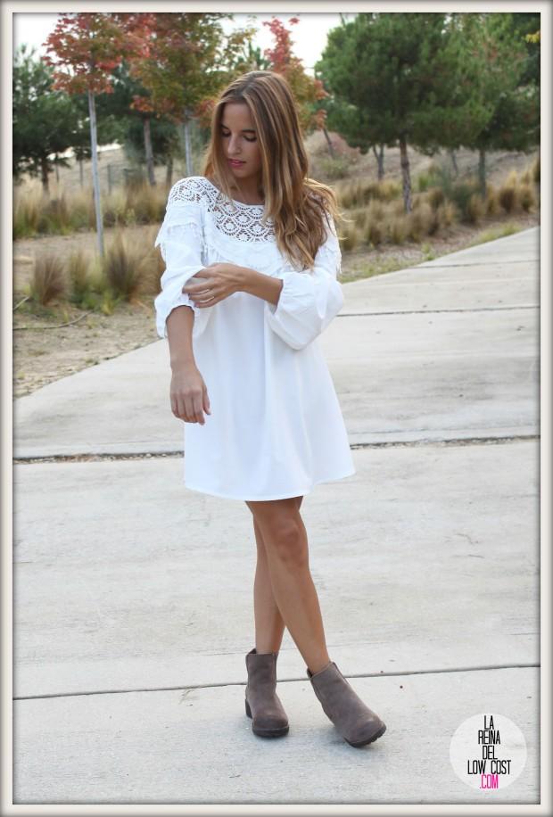 la reina del low cost pilar pascual del riquelme vestido blanco corto chollo moda tienda online ropa barata total look otoño para salir el fin de semana style outfit ootd blogger madrid vestido con botines  (5)