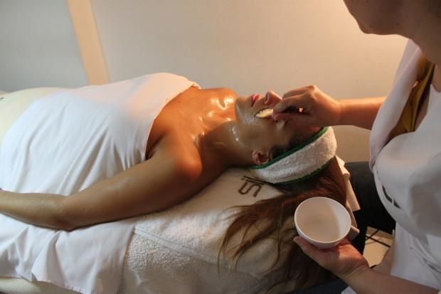 la reina del low cost tratamiento antiaging antiedad ana pabon madrid sileä bioestetica tratamientos para antes de la boda regalos para una novia consejos de belleza rellenar las arrugas  (8)