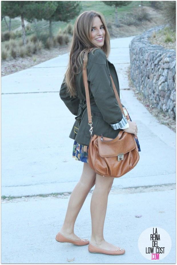 la reina del low cost pilar pascual del riquelme blogger madrid blogger alicante style outfit falda de flores otoño 2014 look tienda de ropa online barata chollomoda cazadora verde botella massimo dutti ma (3)