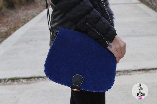 La Reina del Low Cost blog de moda barata pilar pascual del riquelme bolso azul barato chollomoda tienda de ropa barata online complementos abrigo desigual lourdes moreno salones negros mulaya pantalones