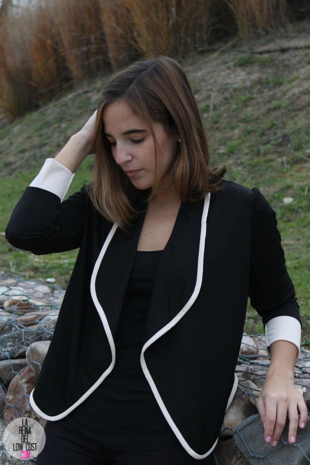 La Reina del low cost pilar pascual del riquelme chollomoda tienda de ropa online barata chaqueta blazer negra comoda como ir al trabajo sport llevar tacones al trabajo pantalones (3)