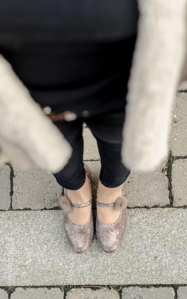 Mi primer tacón Fernando Ortega La Reina del Low Cost tacones para niñas a juego con mamá las rozas village mulaya botoncitos fotografo profesional calzado niña hecho en españa (10)