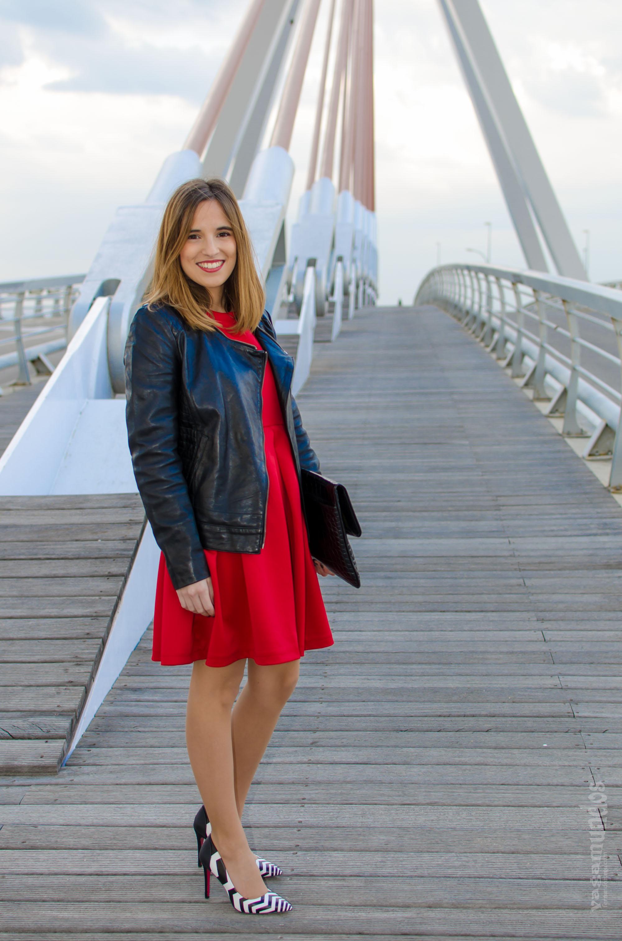 Look para una cita: vestido rojo + tacones blanco y negro – La Reina ...