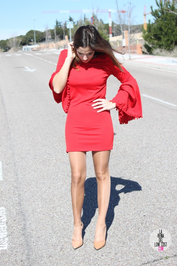 La Reina del Low Cost vestido volante mangas vestido rojo lourdes moreno look feria andalucia moda low cost blog e moda barata style outfit ootd total look noche de fiesta salir cena con