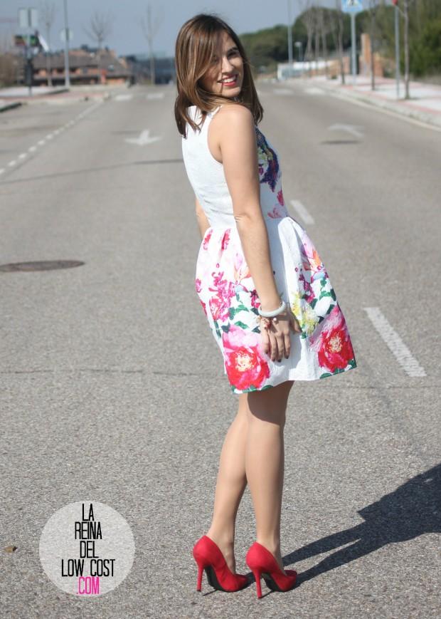 look para comunion graduacion 2015 orla de pies a cabeza zaragoza tienda ropa barata la reina del low cost pilar pascual del riquelme vestido blanco flores style outfit total look (4)