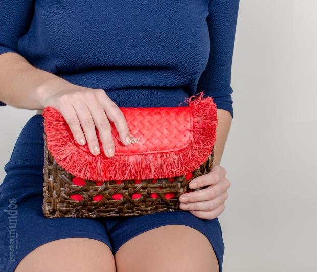 la reina del low cost el baul de alison mono corto espalda al aire style look comuniones 2015 bolso rojo roberto verino pendientes flamenca espalda abierta mono azul marino  (1)