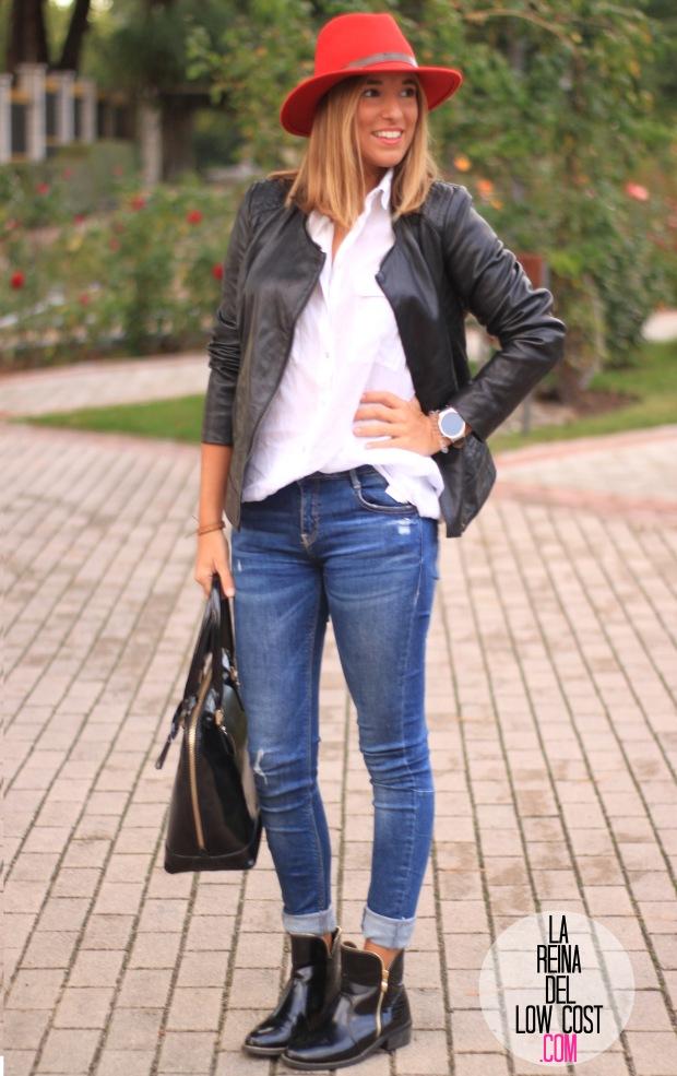la reina del low cost blog de moda look otoño 2015 informal pingleton hats sombrero rojo impermeable vaqueros zara camisa chaqueta cuero negra desigual botines mulaya (9)