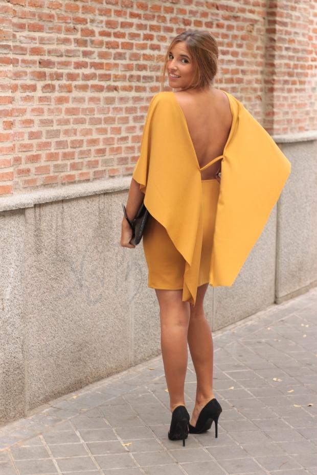 la reina del low cost vestido mostaza espalda al aire otoño 2015 el vestidor de la moda barato total look boda invierno granate tacones primark zapatos bolso roberto verino (4)