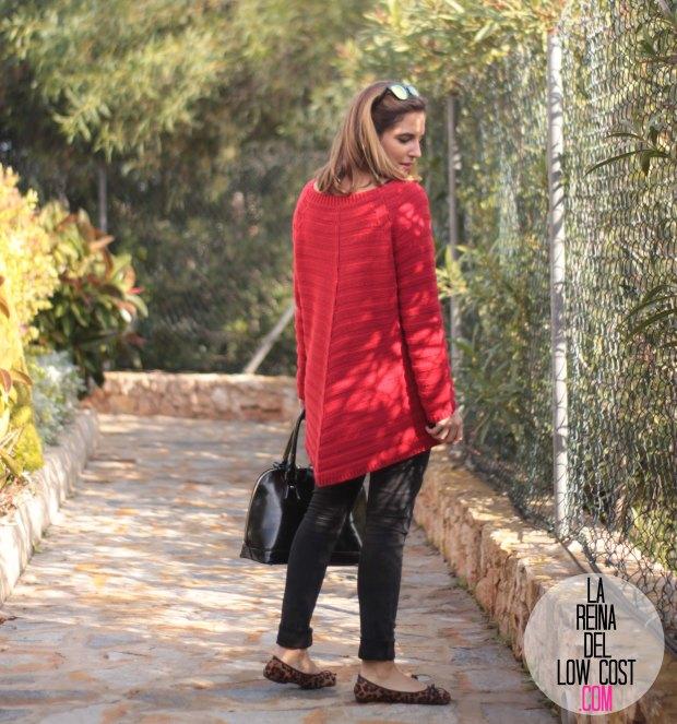 la reina del low cost look comodo diario jersey rojo ancho pantalones pitillo negros bailarinas leopardo lourdes moreno gafas sol espejo bamboomm (2)