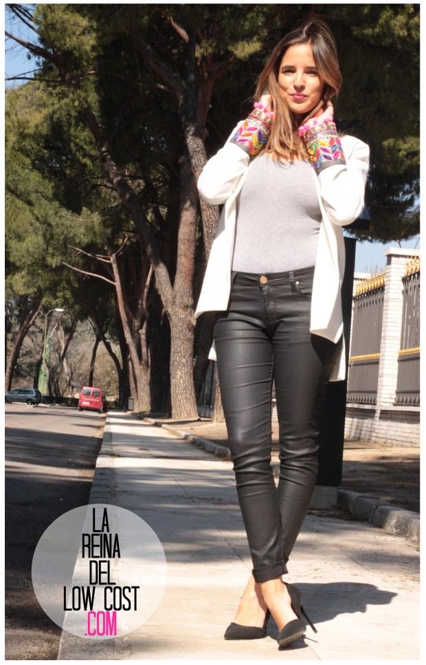 la reina del low cost blazer blanca primavera 2016 look outfit oficina reunion boho etnico chollomoda tienda de ropa online barata pilar pascual del riquelme blogger madrid españa (2)