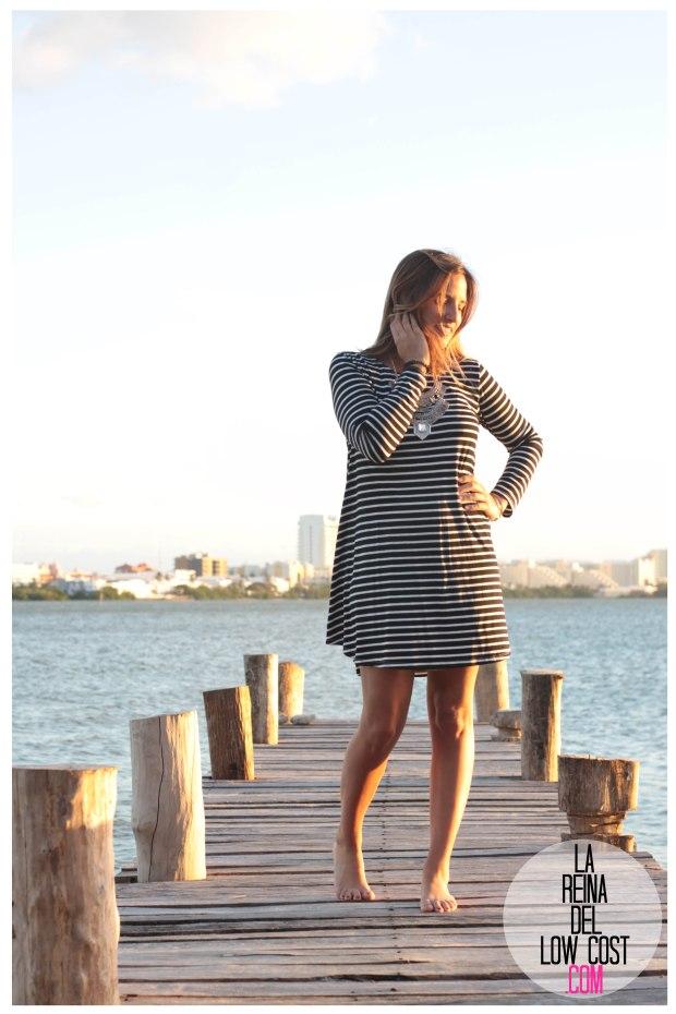 la reina del low cost total look vestido rayas marinero lourdes moreno comprar ropa online primavera 2016 mexico collar etnico nephra blogger españa madrid (4)