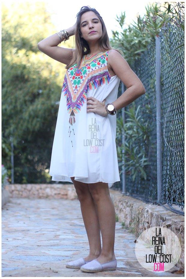 la reina del low cost blog de moda españa mexico vestido etnico estampado blanco gasa verano 2016 primavera efecto collar m&l moda y complementos miryam alicante madrid pilar pascual del riquelme (4)