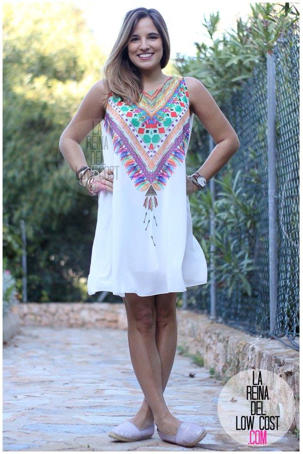la reina del low cost blog de moda españa mexico vestido etnico estampado blanco gasa verano 2016 primavera efecto collar m&l moda y complementos miryam alicante madrid pilar pascual del riquelme (8)
