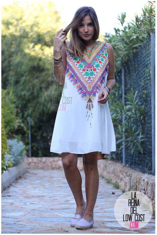 la reina del low cost blog de moda españa mexico vestido etnico estampado blanco gasa verano 2016 primavera efecto collar m&l moda y complementos miryam alicante madrid pilar pascual del riquelme (10)