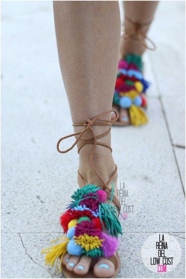 la reina del low cost blog blogger fashion pilar pascual del riquelme blogger madrid mexico mexican cancun españa vestido amarilla espalda al aire sandalias con madroños pompones fleco (7) primavera verano 2016 zara