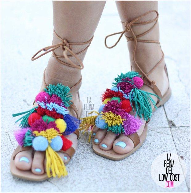 la reina del low cost blog blogger fashion pilar pascual del riquelme blogger madrid mexico mexican cancun españa vestido amarilla espalda al aire sandalias con madroños pompones fleco (9) primavera verano 2016 zara